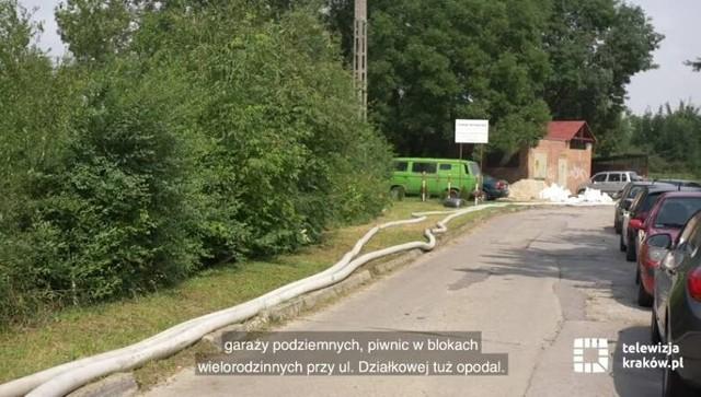 Niedrożny przepust był przyczyną zalania kilkudziesięciu domów? Trzeba go oczyścić