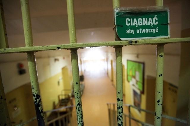 Śledztwo w tej sprawie wszczęto w 2013 r. Zaczęło się od wyznania skruszonego przestępcy, który w przerwie w karze, dokonał kradzieży z włamaniem.