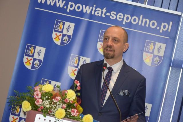 Radni z Więcborka zdecydowali, że burmistrz Waldemar Kuszewski powinien zarabiać więcej