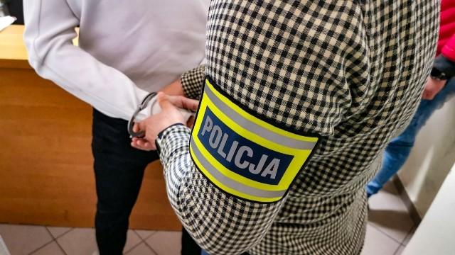 Złodziej katalizatorów z Białegostoku zatrzymany w Warszawie