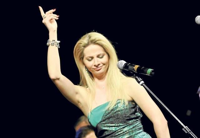 Jedną z solistek podczas koncertu będzie Magdalena Idzik, mezzosopranistka, śpiewaczka Opery Narodowej.