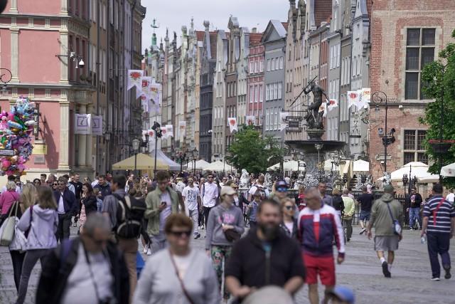 Gdańsk znów tętni życiem! Na ulicach tłumy spacerowiczów w niedzielę, 13.06.2021 r.