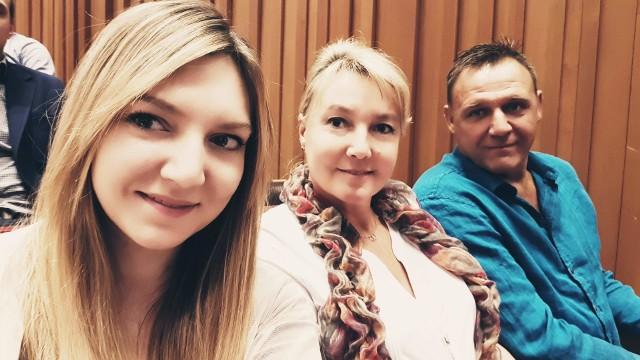 Rodzina Sarnatów - od lewej: Małgorzata, Barbara i Artur