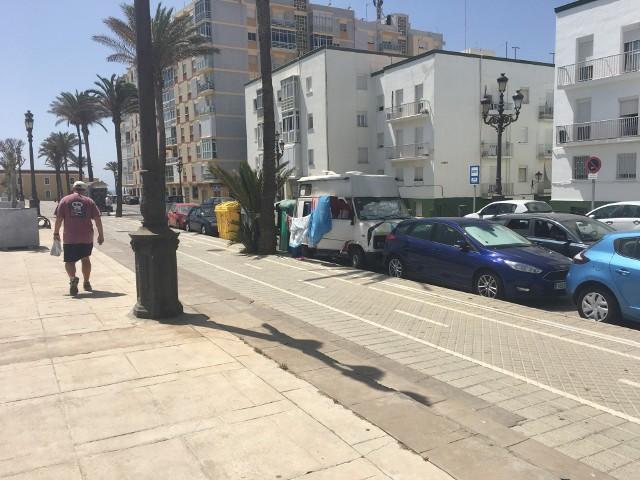Kadyks, Hiszpania (czerwiec 2017). Niektórzy mieszkają tak.