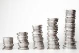 Raty kredytów hipotecznych i gotówkowych wzrosną. O ile? Rada Polityki Pieniężnej podwyższyła stopy procentowe [WYLICZENIA]