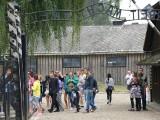 Oświęcim. Muzeum Auschwitz będzie znów dostępne dla odwiedzających przez cały tydzień. Obowiązywać będzie wcześniejsza rezerwacja [ZDJĘCIA]
