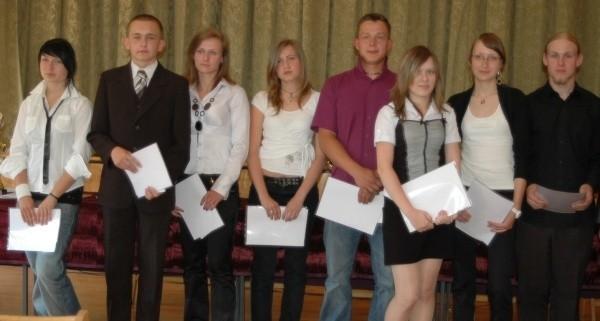Najlepsi sportowcy i uczniowie powiatu oleskiego roku 2009 - gala w auli Zespołu Szkół w Oleśnie.