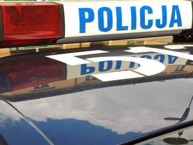 21-latek zeznał nieprawdę: zawiadomił policję o kradzieży samochodu. Jak ustalili kryminalni z Komendy Powiatowej Policji w Pruszczu Gdańskim, przestępstwo nie miało miejsca.