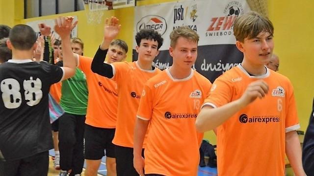 Lubuska Liga Juniorów Młodszych. Mecz drużyn TS Zew Świebodzin vs UKS Czarni Żagań w II rundzie sezonu 2019/2020