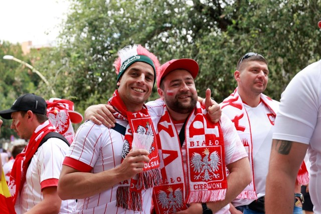 Najazd Polaków doi Sewilli. Mnóstwo naszych kibiców bawi się w Andaluzji.