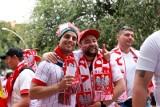 """Euro 2020: W Sewilli jest zdecydowanie więcej Polaków niż w Rosji. """"Chcemy przeżyć chociaż jeden moment radości"""""""