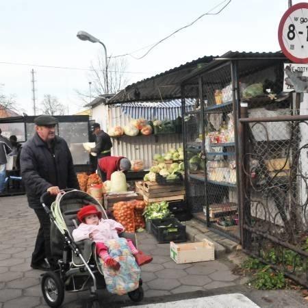 W tej chwili rynek czynny jest od 8.00 do 16.30. Zdaniem części krośnian - zdecydowanie za krótko.