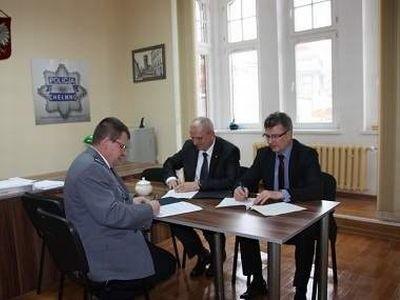 Podpisanie porozumienia w KPP w Chełmnie