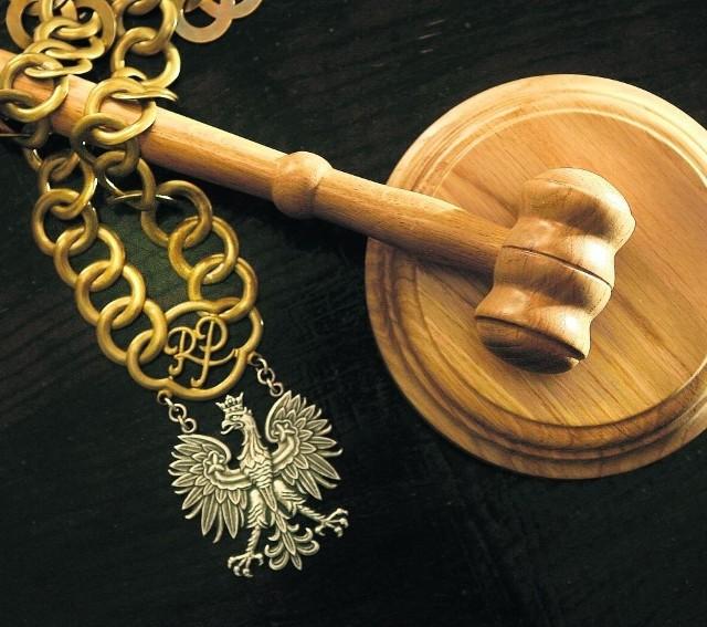 Do Sądu Rejonowego w Kartuzach trafił akt oskarżenia przeciwko czterem  kibicom Kaszubii Kościerzyna.