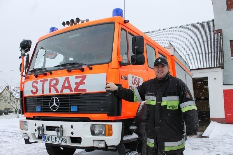 - To już nasz drugi strażacki Mercedes - mówi Marek Wyrwa, prezes OSP Chudoba i Strażak Roku 2008 w plebiscycie NTO.