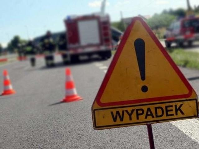Wypadek w Dobieszczynie. Cztery osoby zostały ranne.