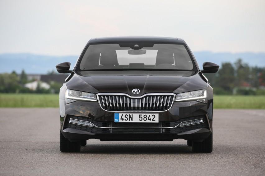 Inteligentny system oświetlenia samochodu. Większe bezpieczeństwo i komfort jazdy