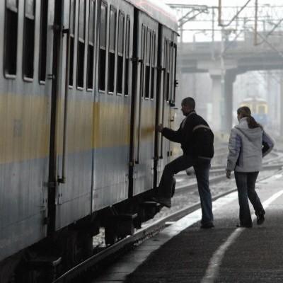 Czytelnik domaga się szybszego dojazdu do Warszawy