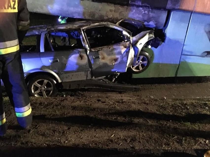Do wypadku doszło około godz. 19 na drodze serwisowej wzdłuż...