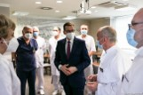 Premier z wizytą we Wrocławiu. Obiecał przyspieszenie akcji szczepień