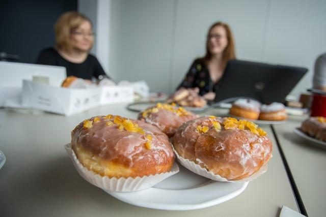 Tłusty Czwartek 2019 Ile Kalorii Ma Pączek Kiedy Jest