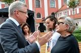 """Jacek Jaśkowiak broni aktorów, którzy zaszczepili się poza kolejnością. """"Artyści są naszym dobrem narodowym"""" - mówi prezydent Poznania"""