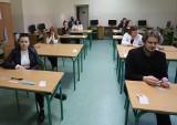 Matura 2021 z języka angielskiego na poziomie podstawowym w I Liceum Ogólnokształcącym imienia Mikołaja Kopernika w Radomiu