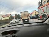 Wypadek w Ciścu. Na trasie DK1 zderzyło się kilka samochodów. Wśród poszkodowanych mogą być dzieci