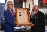 Nagroda Orła Jana Karskiego przyznana pośmiertnie komandorowi Franciszkowi Dąbrowskiemu, obrońcy Westerplatte