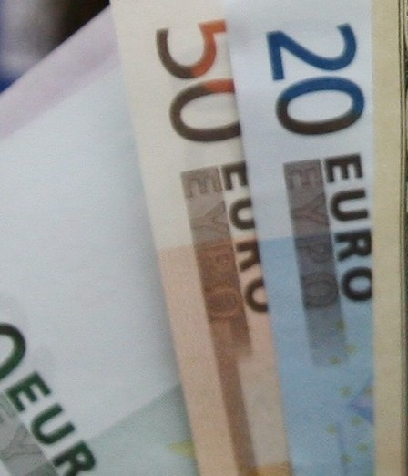 Sprawdź, po ile dziś jest euro. Fot. Archiwum