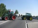 Protest rolników w Wielkopolsce - wielki korek na drodze pomiędzy Ostrowem a Kaliszem [ZDJĘCIA]