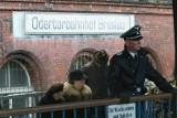 Nie ma dworca Wrocław Nadodrze, jest Odertorbahnhof Breslau. We Wrocławiu właśnie kręcą serial Dom pod Dwoma Orłami [ZDJĘCIA]