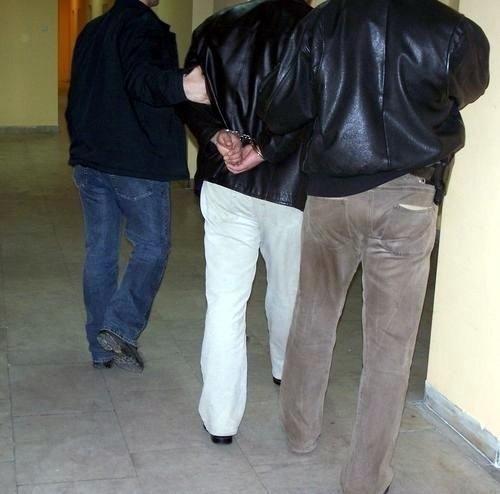 Sprawcom brutalnego rozboju grozi nawet do 12 lat więzienia.