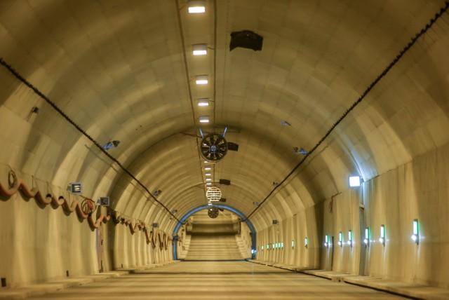 Najważniejszą inwestycją drogową, która będzie oddana do użytku w tym roku w Gdańsku, jest tunel pod Martwą Wisłą