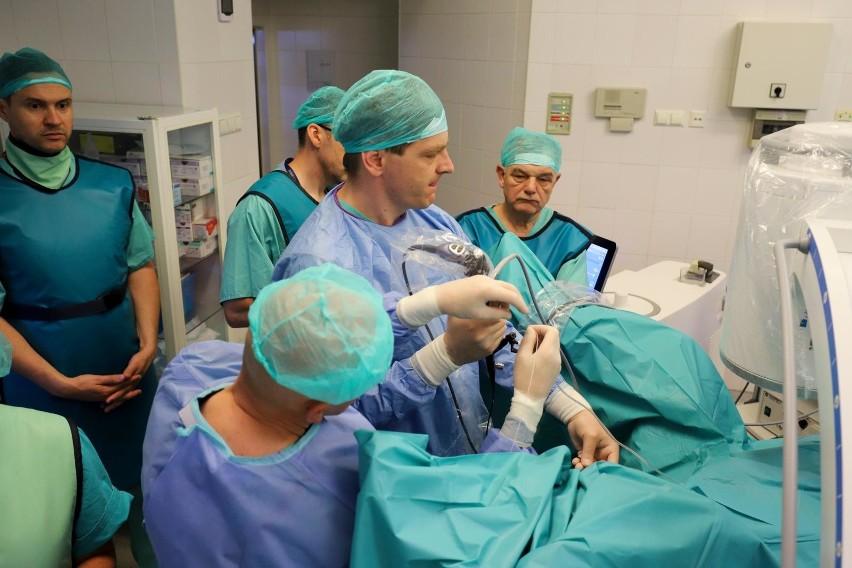 Laser holmowy w szpitalu MSWiA pozwala na przeprowadzenie...
