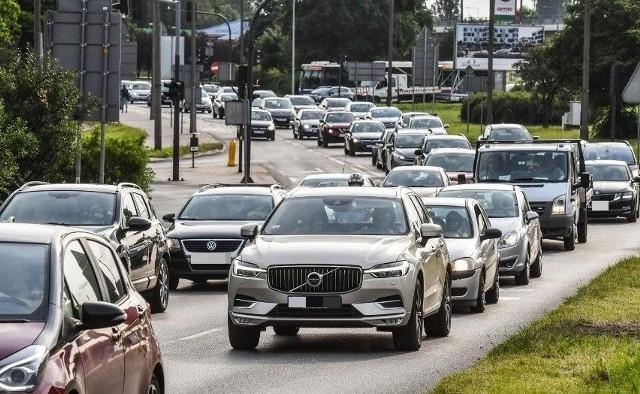 Na Wiaduktach Warszawskich w Bydgoszczy doszło do zderzenia 5 samochodów.