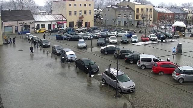 Od poniedziałku 19 kwietnia na rynku w Siewierzu wprowadzona została strefa płatnego parkowania.Zobacz kolejne zdjęcia/plansze. Przesuwaj zdjęcia w prawo - naciśnij strzałkę lub przycisk NASTĘPNE
