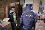Polsko-czeski gang rozbity. Produkowali leki i narkotyki na granicy obu państw. Aresztowano 11 osób
