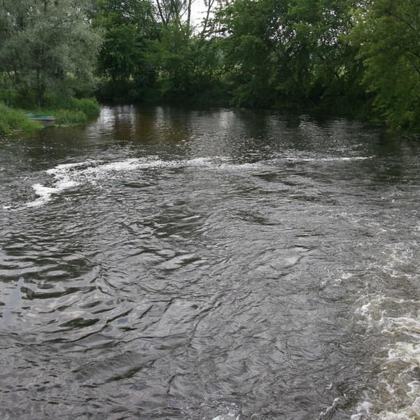Kipiel pod turbiną to najbardziej niebezpieczne miejsce na rzece w Makowie.