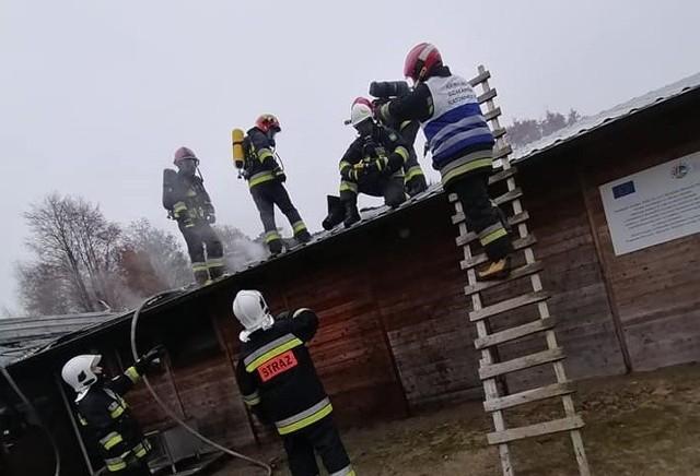 Pożar w zakładzie w Węgorzynku. Starty wyniosły 100 tysięcy złotych