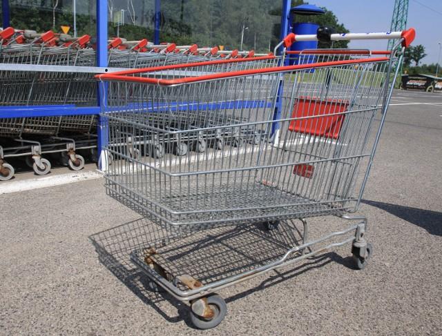 Boże Ciało w Poznaniu: Duże sklepy będą zamknięte. Gdzie na zakupy?