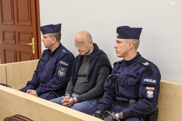 Koniec procesu Szymona S. szczecińskiego psychiatry, który próbował podpalić sąd i zabić ochroniarza
