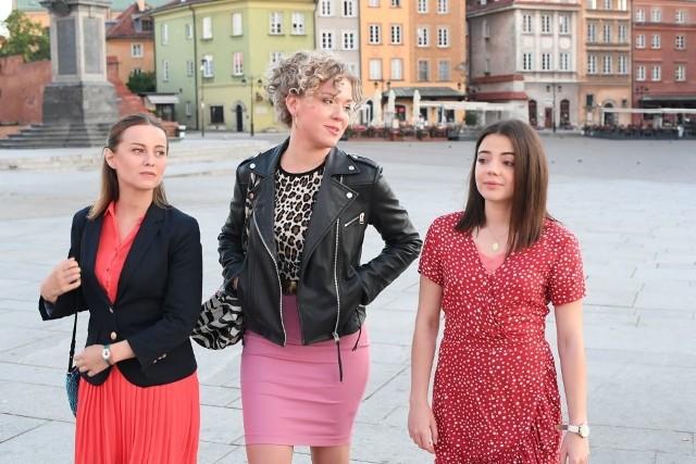 """Jedną z głównych ról w serialu """"Dziewczyny ze Lwowa"""" grała krakowska aktorka Magdalena Wróbel (w środku)"""