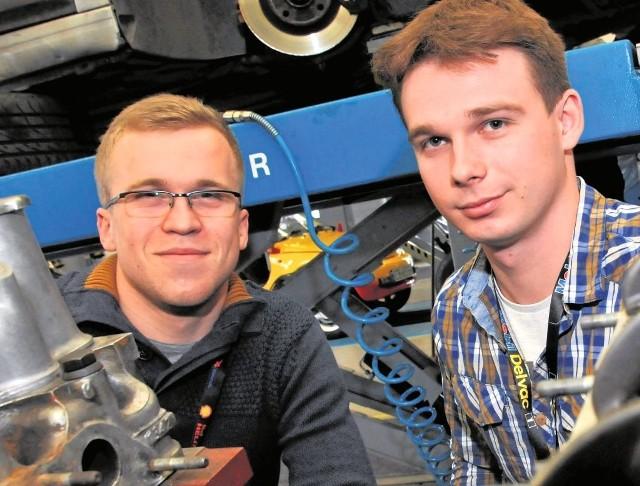 Przemysław Zaliński oraz Maciej Nawrocki wystartowali w IV Mistrzostwach Mechaników i zajęli trzecie miejsce. Uczniowie bydgoskiej samochodówki  zgodnie przyznają, że motoryzacja jest ich pasją już od najmłodszych lat