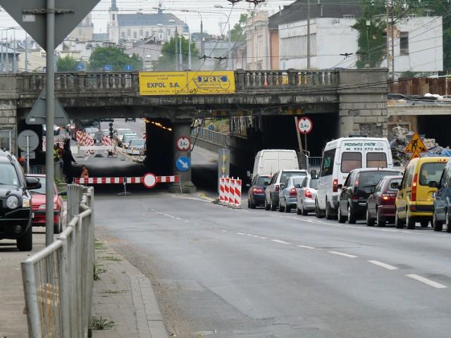 Remont wiaduktu na Kunickiego: Kierowcy nie respektują znaków zakazu