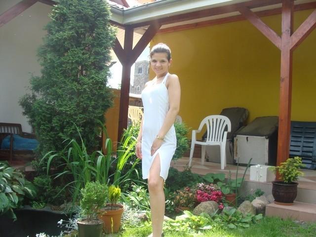 Natalia ma 19 lat, mieszka od urodzenia w wsi Podlegórz. Jak sama mówi: - Jestem wesolą, uśmiechnietą  dziewczyną kochającą zycie.Aby zaglosowac na Natalie wyślij sms o treści MISSLATA.16 na nr 72051. Koszt 2,44 zl z VAT.