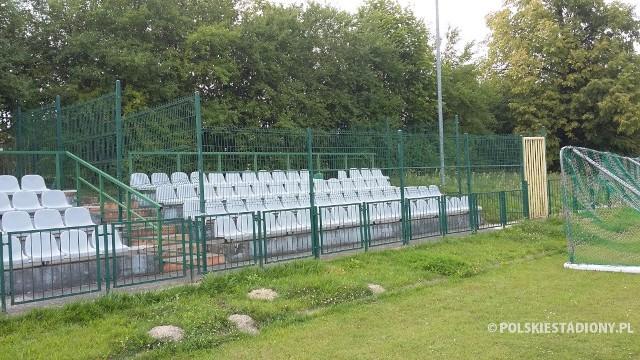 Stadion Miejski w Zwoleniu wkrótce zyska zupełnie nowe oblicze. Gmina Zwoleń dostała kolejne wielkie dofinansowanie na przebudowę obiektu.
