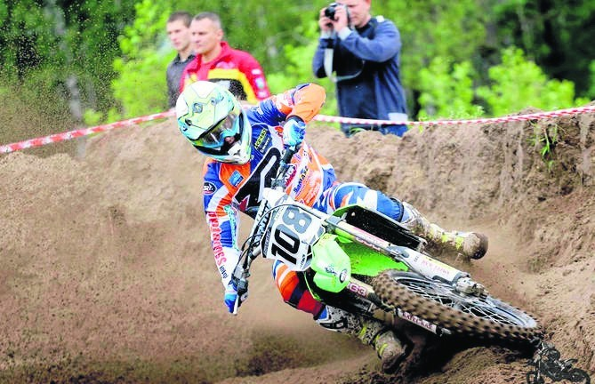 Damian Bykowski występuje w zawodach motocrossowych w kraju i zagranicą. Teraz wszędzie będzie promował Białystok.