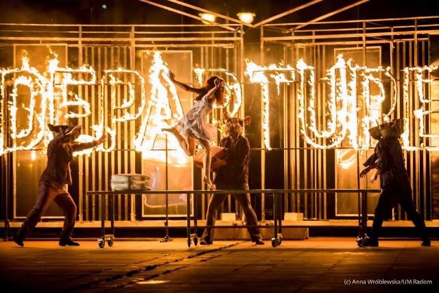 Od 6 do 8 sierpnia trwać będzie organizowany przez Teatr Biura Podróży, Festiwal na Wolnym Powietrzu, bezpłatne spektakle w plenerze.