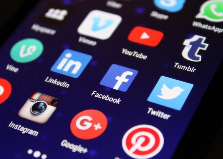 Co stanie się z kontem na portalu społecznościowym po Twojej...